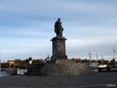 Gustav III statue