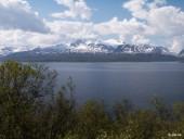 Fjord et montagnes